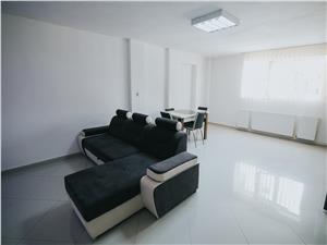 Apartament de vanzare in Sibiu - 3 camere - Zona Strand II