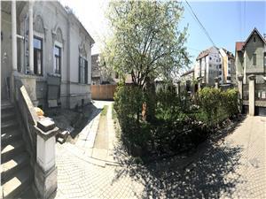 Apartament de vanzare Sibiu -la vila -de LUX -spatios + gradina 375 mp