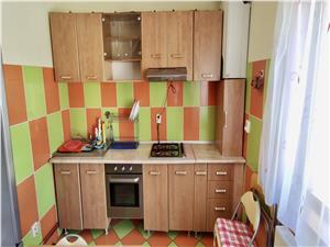 Apartament 4 camere, mansarda Vasile Aaron, finisat la cheie