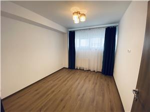 Apartament de inchiriat in Sibiu-3 camere si balcon- etaj 2/4