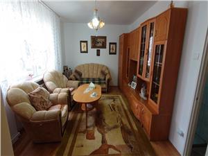 Apartament de inchiriat in Sibiu - etaj intermediar - zona Terezian