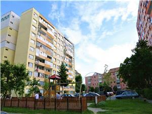 Apartament  3 camere de vanzare, zona PREMIUM- B-dul M.Viteazu