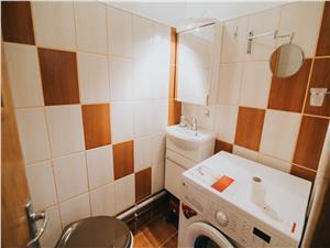 Apartament de inchiriat in Sibiu-3 camere,2 bai si balcon-Zona Garii