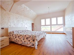 Apartament de vanzare in Sibiu - tip penthouse - nou si decomandat