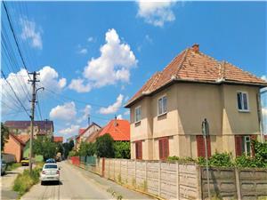 Apartament la casa de vanzare in Sibiu - curte individuala