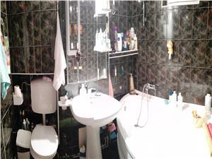 Apartament 3 camere de vanzare in Sibiu, zona Piata Rahovei
