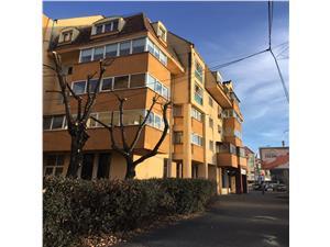 Apartament 3 camere de inchiriat in Sibiu - Zona centrala Constitutiei