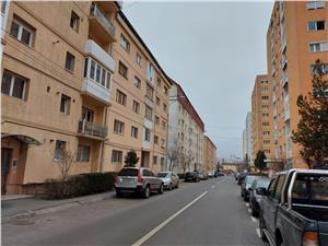 Apartament 2 camere de inchiriat decomandat et 2 strada Oncesti