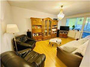 Apartament de vanzare in Sibiu - 3 camere cu balcon - Zona Ciresica