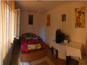 Casa de vanzare in Sibiu- 2 camere - Ultracentral