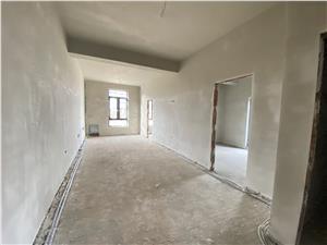 Apartament de vanzare in Sibiu - in vila cocheta - curte privata