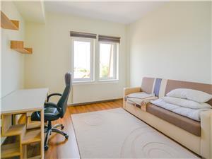 Apartament de vanzare in Sibiu, lux 114 mp + garaj si boxa inchise