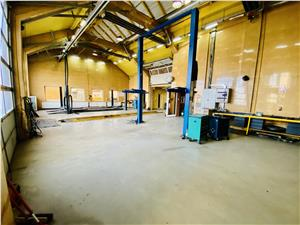 Commercial space for rent in Sibiu - turnkey business - car service