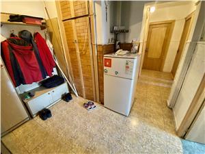 Apartament cu 3 camere decomandat de vanzare in Sibiu - str. Uzinei