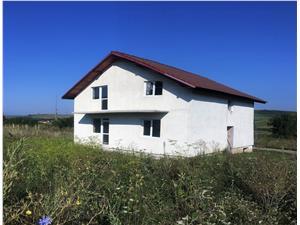 Casa single de vanzare in Hamba cu 600 mp teren