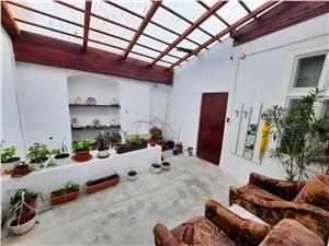 Haus kaufen in Sibiu - freie Hof von 250 qm